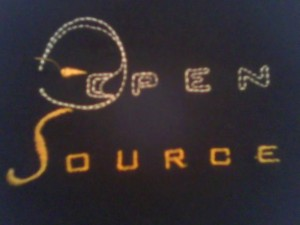 Zoom a la polera Open Source